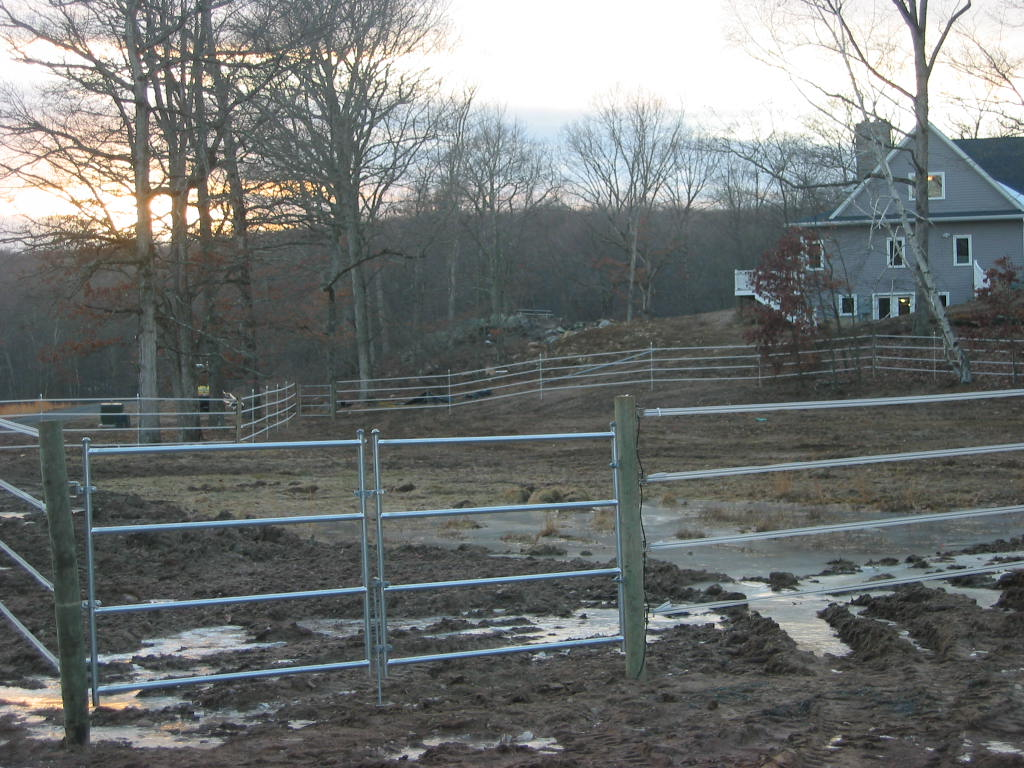 Professionally Installed Farm Fencing for Live Stock